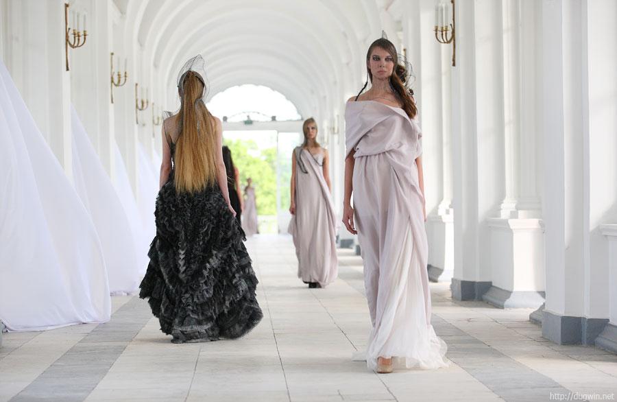Царское село, модный показ: игра в античность